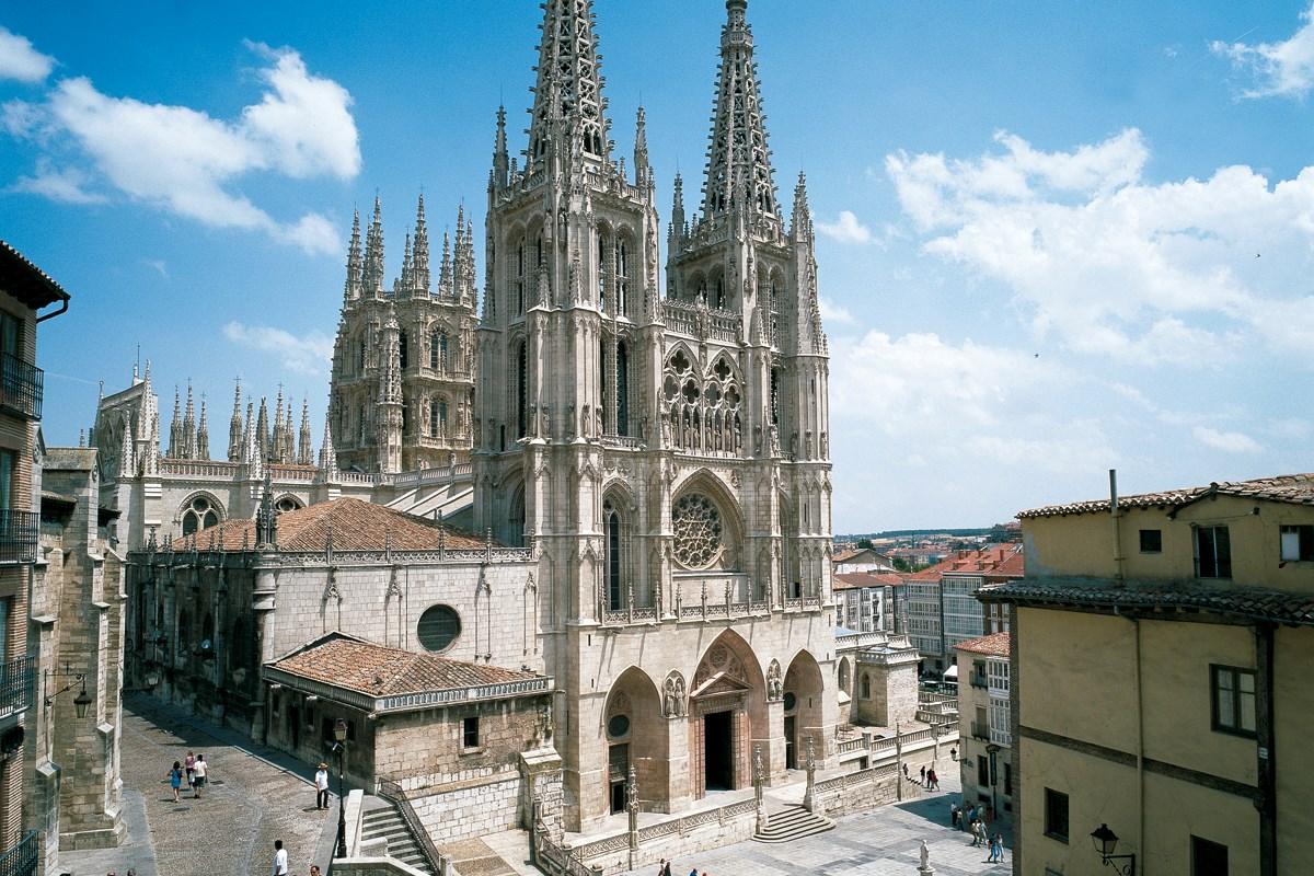 De 10 mooiste kathedralen van spanje spanjetoptien - Arquitectos ponferrada ...